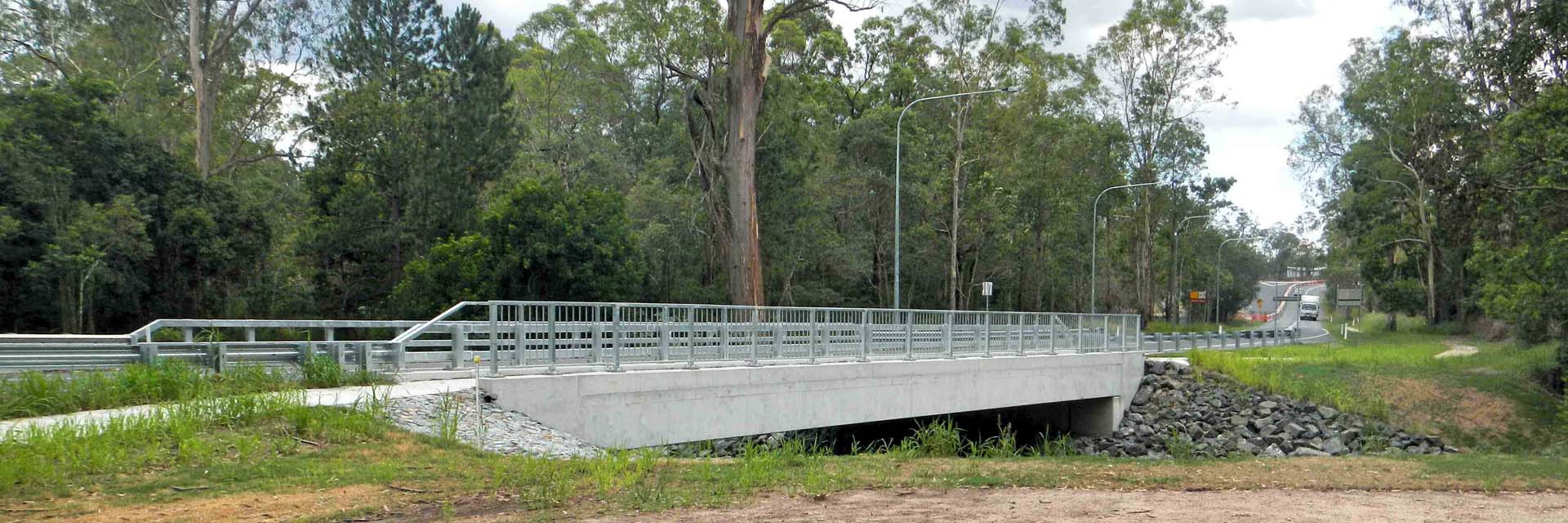 Steel Traffic barrier & Safety Barrier with pedestrian balustrade – Edwards Bridge, Greenbank